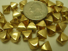 """New Lots 12 Plastic Electroplated 1/2"""" (12mm) Gold Pyramid Square Buttons (#Q)"""
