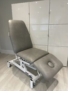 Hydraulic Treatment Chair / Bed Physio Spa 3 section Medi-Plinth Immaculate