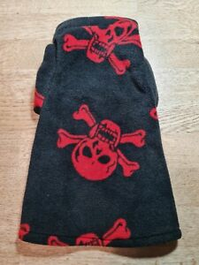 """Hand Made by """"Sphynx Clothes"""" Black with Red Skulls """"Vest"""" Top ...SMALL"""