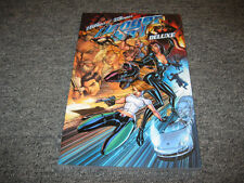 IDW Publishing Danger Girl Deluxe Edition Trade Paperback NEW J. Scott Campbell