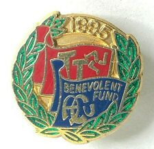 More details for 1995 auto cycling union isle of man tt benevolent fund enamel badge 22 x 21 mm