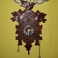 Vintage German wooden cuckoo clock Germany 100 / 171