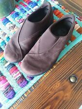 Women's Merrell Tupo Curve Brown Performance Suede slip on loafer size 9.5