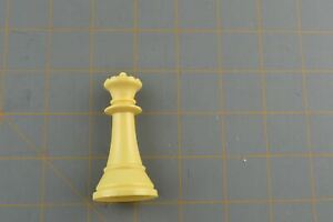 Whitman Chess Queen Piece White Vintage Plastic Hollow Replacement Part