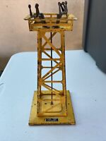 Lionel post war model trains o scale 395 flood light tower YELLOW  used