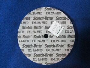 3M SCOTCHBRITE EXL DEBURRING UNITIZED WHEEL 6X1/2X1/2 2A MEDIUM 15534