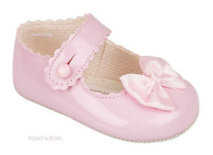 BABY GIRLS PRAM SHOES