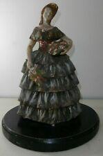 Grande Antica Scultura ceramica Firmata Dama con cesti di fiori 38 cm Inizio 900