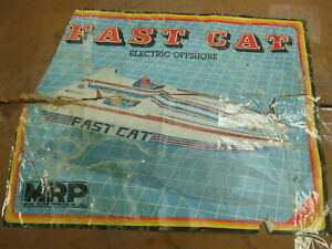 """Vintage FAST CAT Deluxe Twin Engine RC Off Shore Racer Boat Kit -  27"""" Long"""
