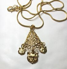 CAT AND KITTENS PYRAMID GOLD TONE PENDANT AND 43cm  CHAIN