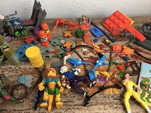 Teenage Mutant Ninja Turtles Weapons & Accessories Lot TMNT Playmates Toys 1990s
