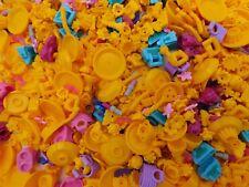 LEGO 100 NEW FRIENDS GIRLS MINIFIGURE ACCESSORIES BOWLS LIPSTICK HANDBAGS MORE