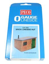 LK-705 Peco O Gauge Lineside hut in brick