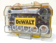 DEWALT DT71516-QZ KIT 24 PEZZI SERIE INSERTI+BUSSOLE+CHIAVE CRICCHETTO