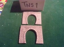 2x single tunnel  -n scale gauge-  - continental Style