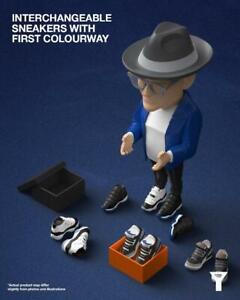 Mighty Jaxx Shoe Designer Tinker Hatfield Danil Yad Vinyl Figure Royal Blue