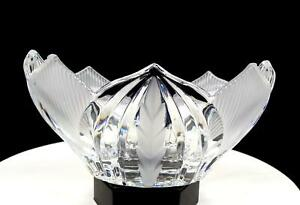 """CRYSTAL CLEAR INDUSTRIES NOVELETTE LEAD CRYSTAL FROSTED LEAF 8"""" OVAL BOWL"""