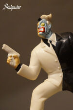 Two Face Figure Batman Animated Statue Applause 1992