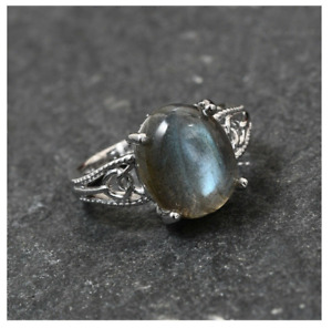 KARIS 5.65 ctw Malagasy Labradorite Ring in Platinum Bond (Size 7).