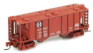 Micro Trains Z Scale Santa Fe ATSF PS-2 70 Ton 2-Bay Covered Hopper 531-00-012