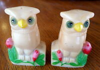 White Owl Salt and Pepper shakers H K Plastic Shaker set Vintage
