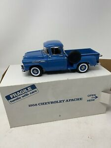 Danbury Mint 1958 Chevrolet Apache 1/24 Pickup Truck Die Cast Stepside