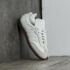 Adidas Samba Classic OG. Size 7 BNIBWT. REFLECTIVE STRIPES AND HEEL TAB.