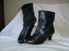 Womens/ladies Good for the Sole size 8 black leather mid heeled ankle boots GC!