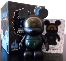 "DISNEY VINYLMATION 3"" PARK 4 TOWER OF TERROR ELEVATOR HOLLYWOOD HOTEL HTH w/CARD"