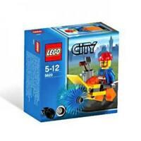 LEGO City Minifigure Street Cleaner Set 5620