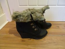 NEW Spot On Faux Fur / Leather Wedge Ankle Boots Size 4