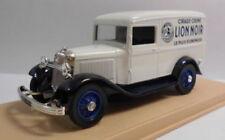 Modellini statici di auto , furgoni e camion bianchi marca Eligor Scala 1:43