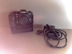 Minolta 9000 AF Kamera mit Winder MD90  Spiegelreflexkamera