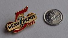 Canada Quebec Réno Dépôt NDG 5 Ans Official Lapel Hat Pin Epinglette Officielle