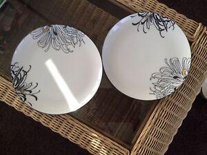 Denby Monsoon Chrysanthemum Dinner Plates (2)