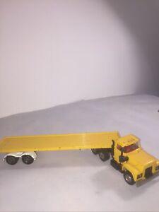 Corgi Major Toys Mack Truck & Flatbed Trailer