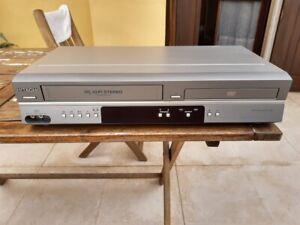 VIDEOREGISTRATORE VHS COMBO DVD HITACHI DV-PF6E FUNZIONANTE 6 TESTINE