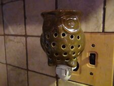 Owl Green Plug-gable Fragrance Warmer