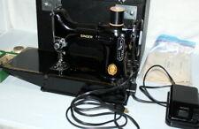 Vintage Singer 221 Featherweight Sewing Machine Cat 3-120 w/ Original Case Nice