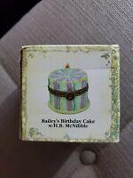 "Boyds Treasure Box ""Bailey's Birthday Cake w/ H.B. McNibble"" #392144- NIB-2005"