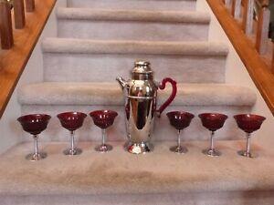 VINTAGE Art Deco Cocktail Shaker and 6 Glasses Set Chrome Bakelite Ruby Red