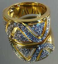 Stunning Modern Ladies Fashion Ring, Multiple High Quality Swarovski stones, NEW