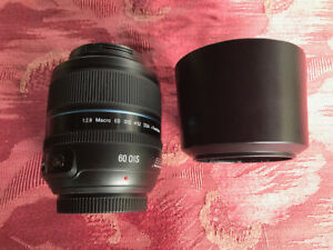 Samsung NX 60mm f/2.8 Macro ED OIS SSA i-Function Lens in mint condition