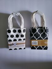 Paper Crafting Bags Gift Bags Small Black And White Quatrefoil/Dots 3.875x5x2 in