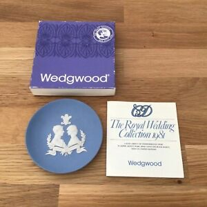 """Wedgwood The Royal Wedding Collection 1981 Blue Jasper Ware Round Tray 4.25""""#404"""
