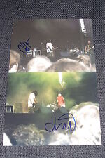 DEFTONES signed Autogramme CHINO MORENO + CHI CHENG (+ 2013) auf Fotos InPerson