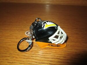 NHL PITTSBURGH PENGUINS Hockey Goalie Helmet Keyring Keychain
