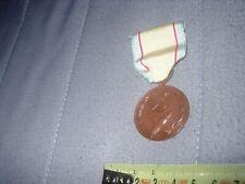 ancienne médaille guerre de Corée  en bronze complète + épingle