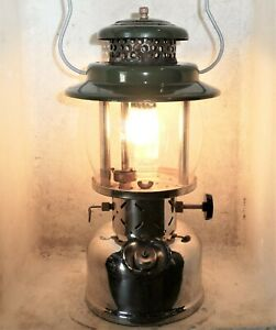 Big Coleman 237 kerosene lantern, made Canada 5/55, clean, new gen, burns great.