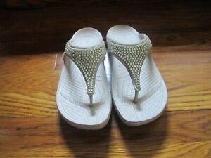Crocs Women's Sz 9 Light Gray Sloane Diamante Wedge Bling Jewel Flip Flop Thongs